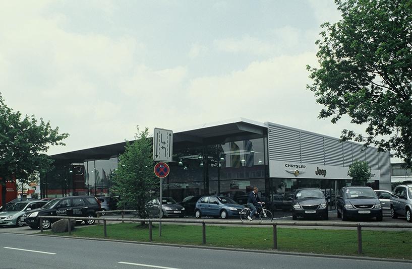 Autohaus Prinzert - Straßenansicht