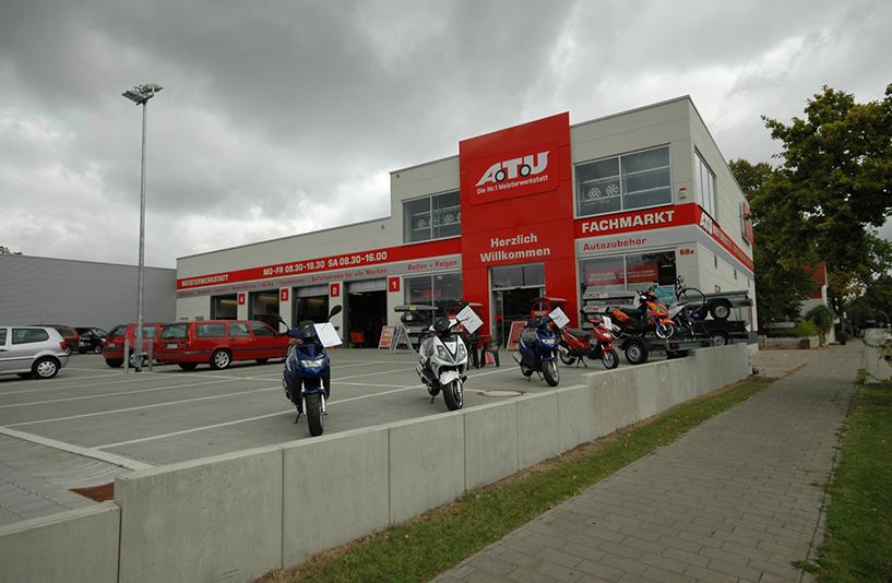 ATU Werkstatt - Parkplatzansicht