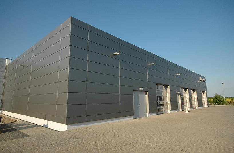 Autohaus Helm Krais - Seitenansicht