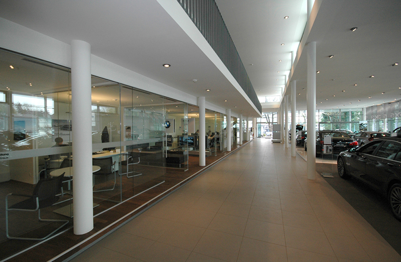 Autohaus May & Olde - Gesprächsräume im Innenbereich