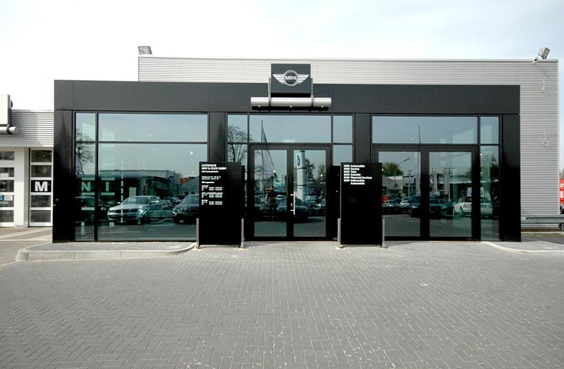 Autohaus May & Olde - Eingang