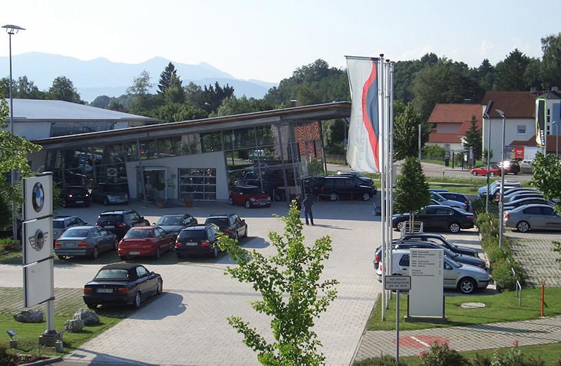 Autohaus Unterberger - Seitenansicht