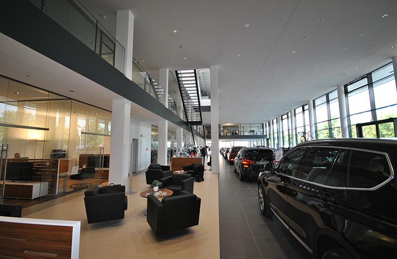 Autohaus BMW Nefzger Berlin - Highlights