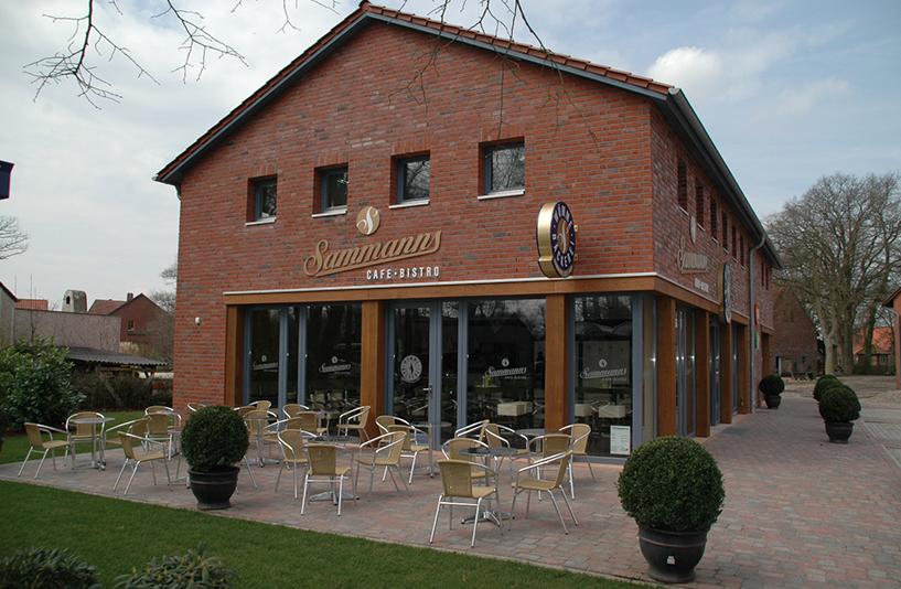 Geschäftshaus Brüning - Sitzecke im Außenbereich