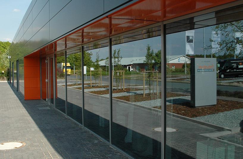 Freiraum Einrichtungen - Glasfront