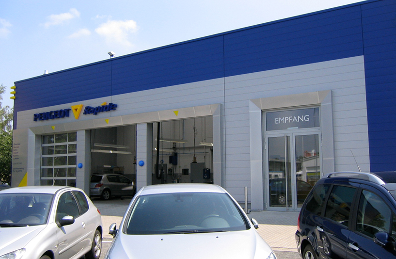 Peugeot Westfalen – Außenansicht | Empfang