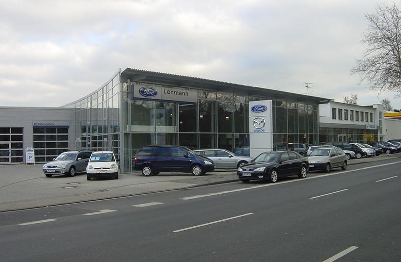 Autohaus Lehmann - Straßenansicht