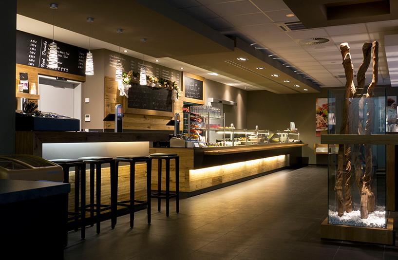 Mercedes-Benz NFZ-Zentrum Augsburg - Caféteriabeleuchtung