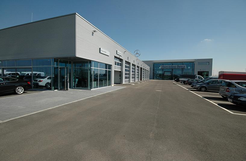 Mercedes-Benz NFZ-Zentrum Augsburg - Seitenansicht