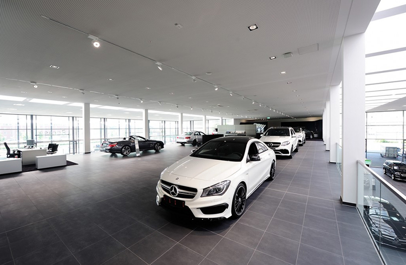 Merecedes Benz Beresa – Erste Etage
