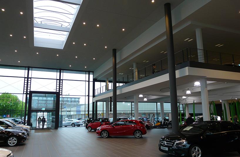 Mercedes-Benz NDL Hamburg – Gesamteindruck Showroom