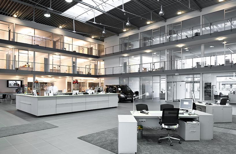 Mercedes-Benz NFZ-Zentrum Berlin – Gesamteindruck des Innenbereiches