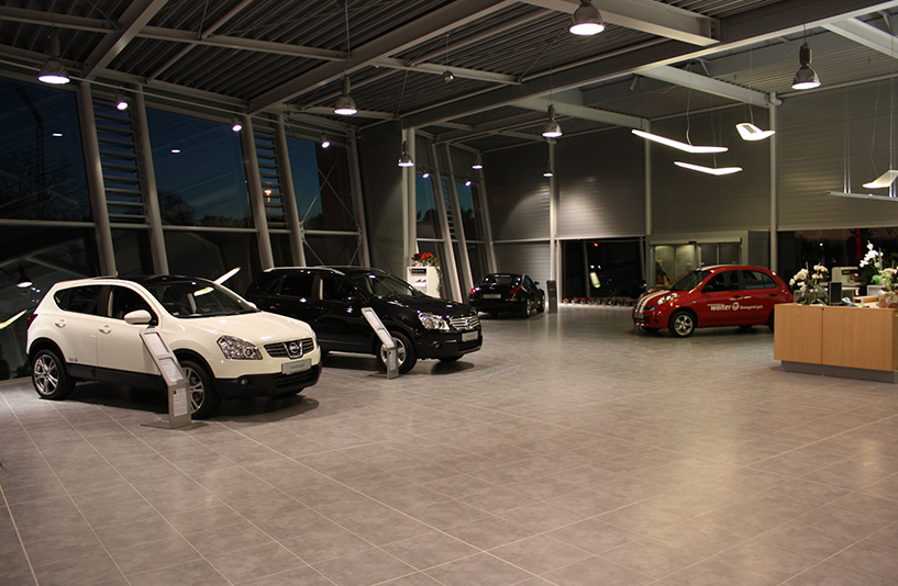 Autozentrum Walter | Nissan – Showroom