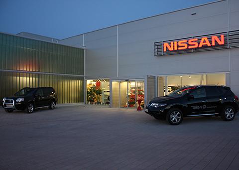 Nissan Walter