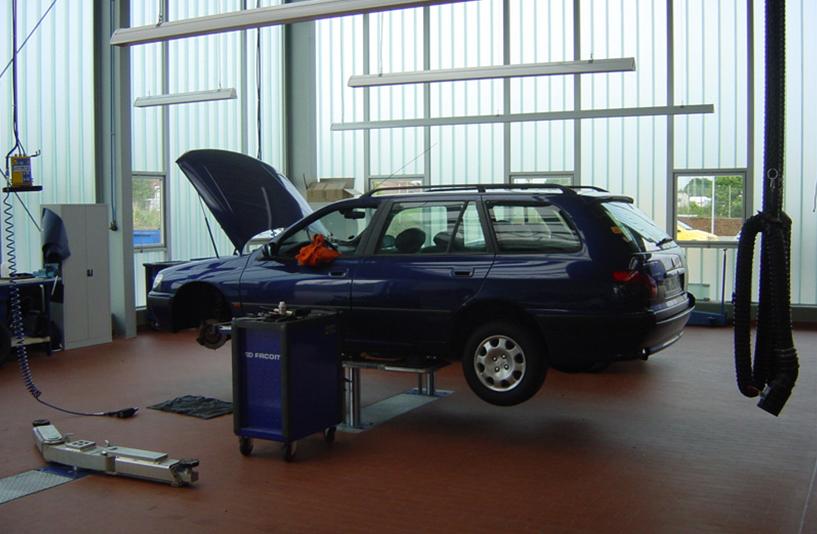 Peugeot Lokstedt – Werkstatt