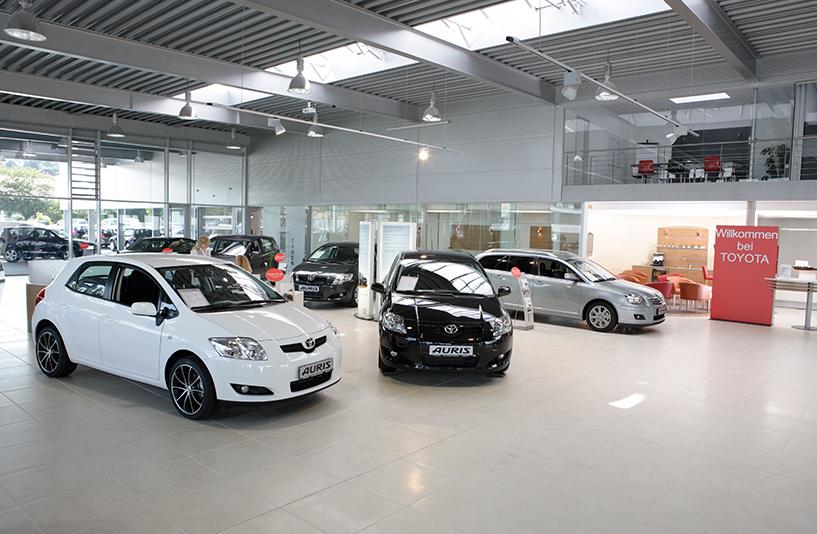 Toyota Autohaus Riedle – Showroom