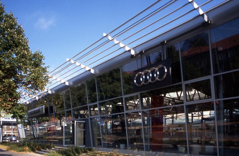Autohaus Staamann – Außenansicht AUDI