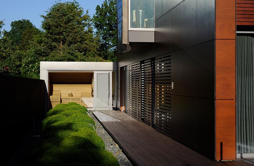 Villa K in Hamburg – Seitengang zur Sauna