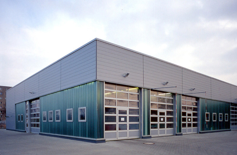 Peugeot Berlin Weissensee – Außenansicht der Werkstatt