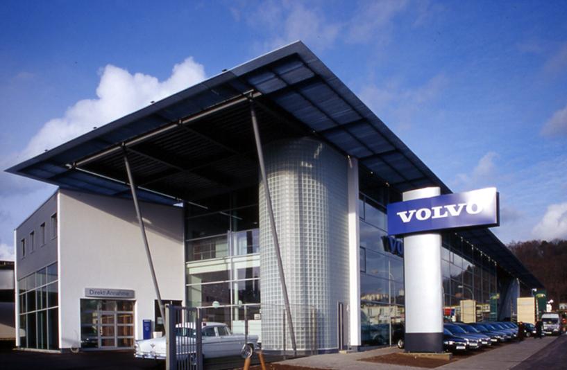 Autohaus Kreuzer - Außenansicht