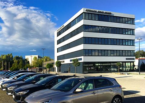 Autohaus und Bürogebäude Müller