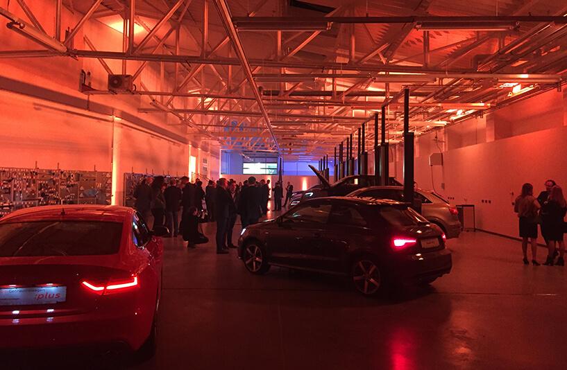 Audi Zentrum Bielefeld - Showroom