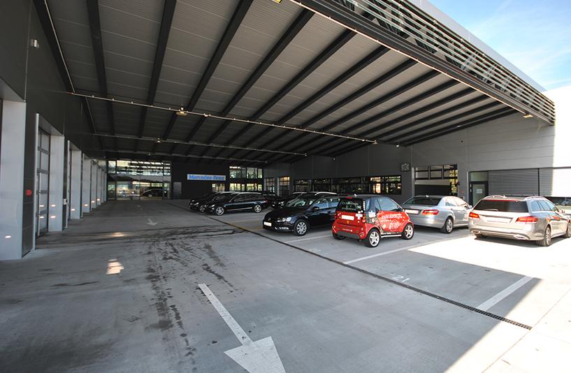 Autohaus Hirsch - Parkplätze
