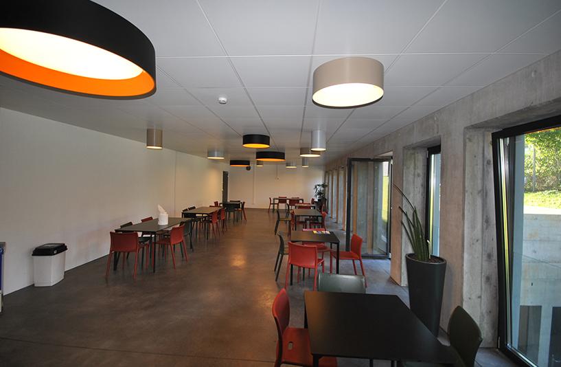 Autohaus Hirsch - Aufenthaltsbereich