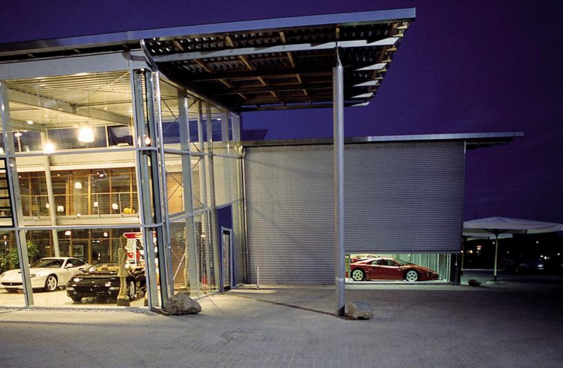 Autohaus Wendelstein - Seitenansicht
