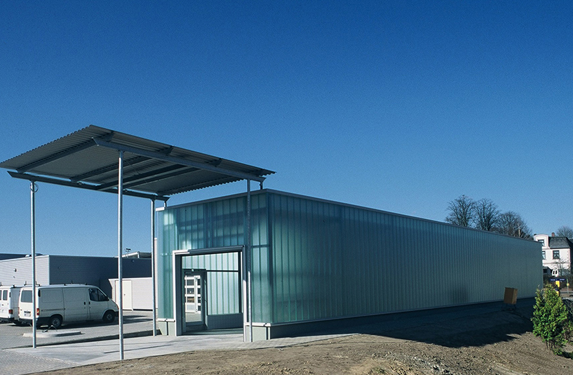 Autopark Syke - Gebäude Seitenansicht