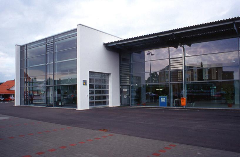 Autohaus Langer - Seitenansicht