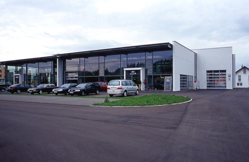 Autohaus Langer - Parkplatz