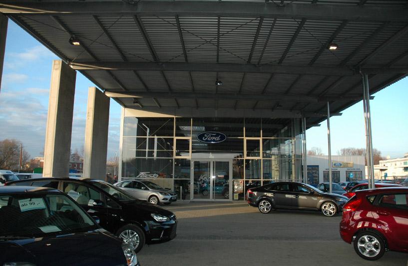 Ford Tobaben - Außenausstellung